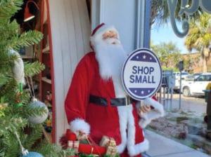 Apalachicola-Historic-Downtown-Christmas-Celebration-zCoL8R.tmp_